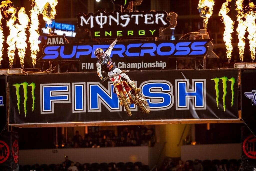 Cooper Webb gewinnt Arlington 3